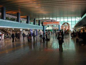 Trasferimento da Fiumicino Aeroporto a Roma Centro - Come Spostarsi in Modo Rapido.